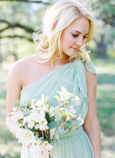 southern-wedding-mint-bridesmaid-dress